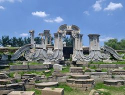 Yuanmingyuan_Ruins_of_Dashuifa_20120715